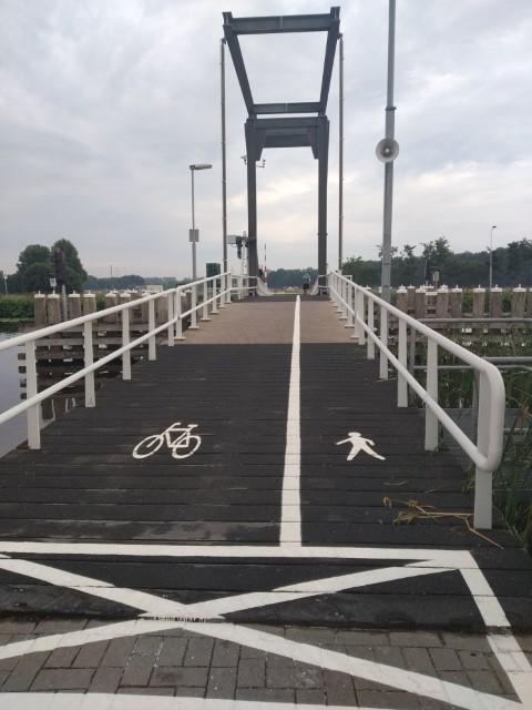 Schalkwijker(fiets)brug afgesloten!